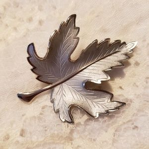 Silver Tone Maple Leaf Brooch Pin